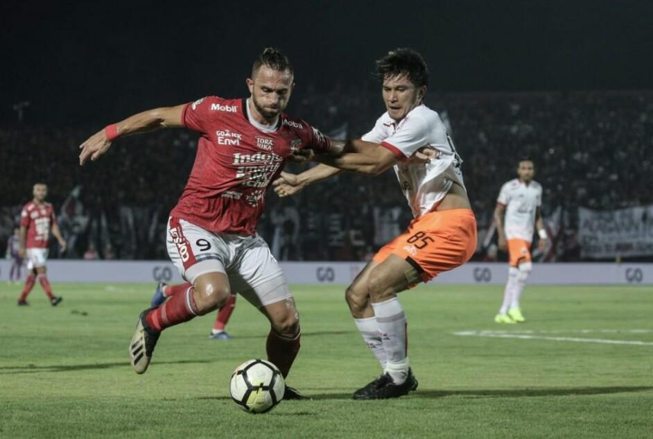 Penyerang naturalisasi Bali United, Ilija Spasojevic resmi memperpanjang kontrak bersama Bali United. Bergabung dengan skuat Serdadu Tridatu pada musim kompetisi 2018 silam, perjalanan Spaso patut diperhitungkan sebagai seorang penyerang berkualitas. Ia pun resmi melanjutkan kontraknya bersama Serdadu Tridatu untuk tiga tahun ke depan.