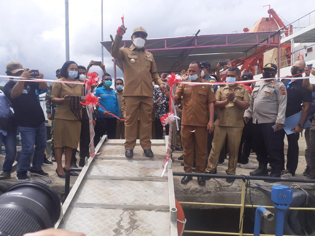 Bupati Manggarai Barat, Edi Endi resmikan pengoperasian Kapal bantuan Kementerian Perhubungan untuk Kabupaten Manggarai Barat
