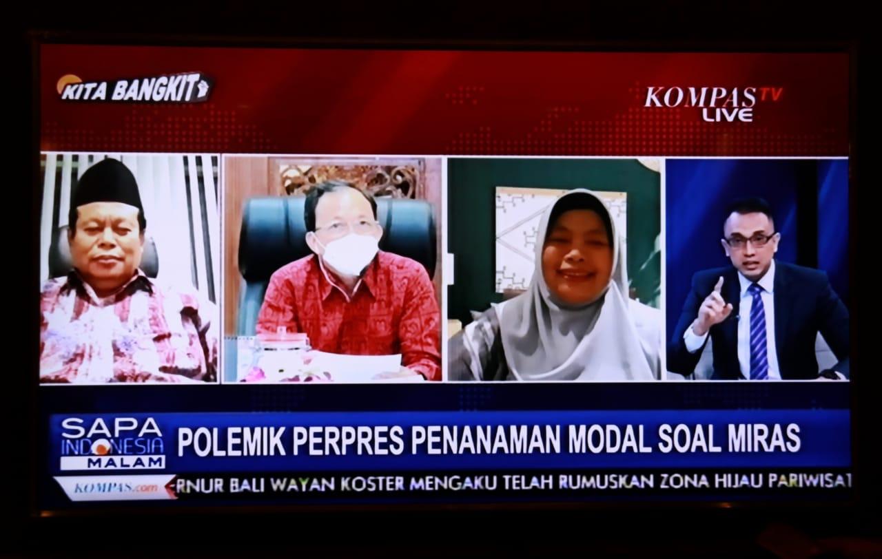 Gubernur Bali, Wayan Koster (dua dari kiri) saat acara dialog di Kompas TV