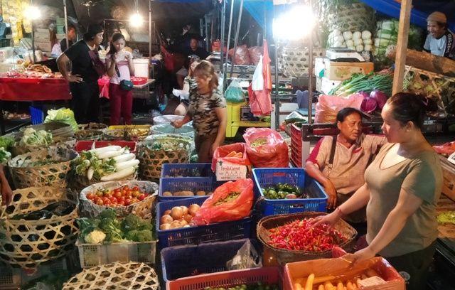 Gubernur Bali Wayan Koster menyampaikan capaian sejumlah program prioritas di tahun 2020. Pada program Bidang Pangan, Sandang, dan Papan, terjadi peningkatan ekspor hasil pertanian, seperti manggis, kakao, buah naga, salak, kopi, dan jeruk nipis ke negara Tiongkok, Uni Emirat Arab, Eropa dan Maladewa.