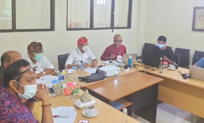 FGD PHDI Bali membahas proses hukum penista agama Hindu Desak Made Dharmawati