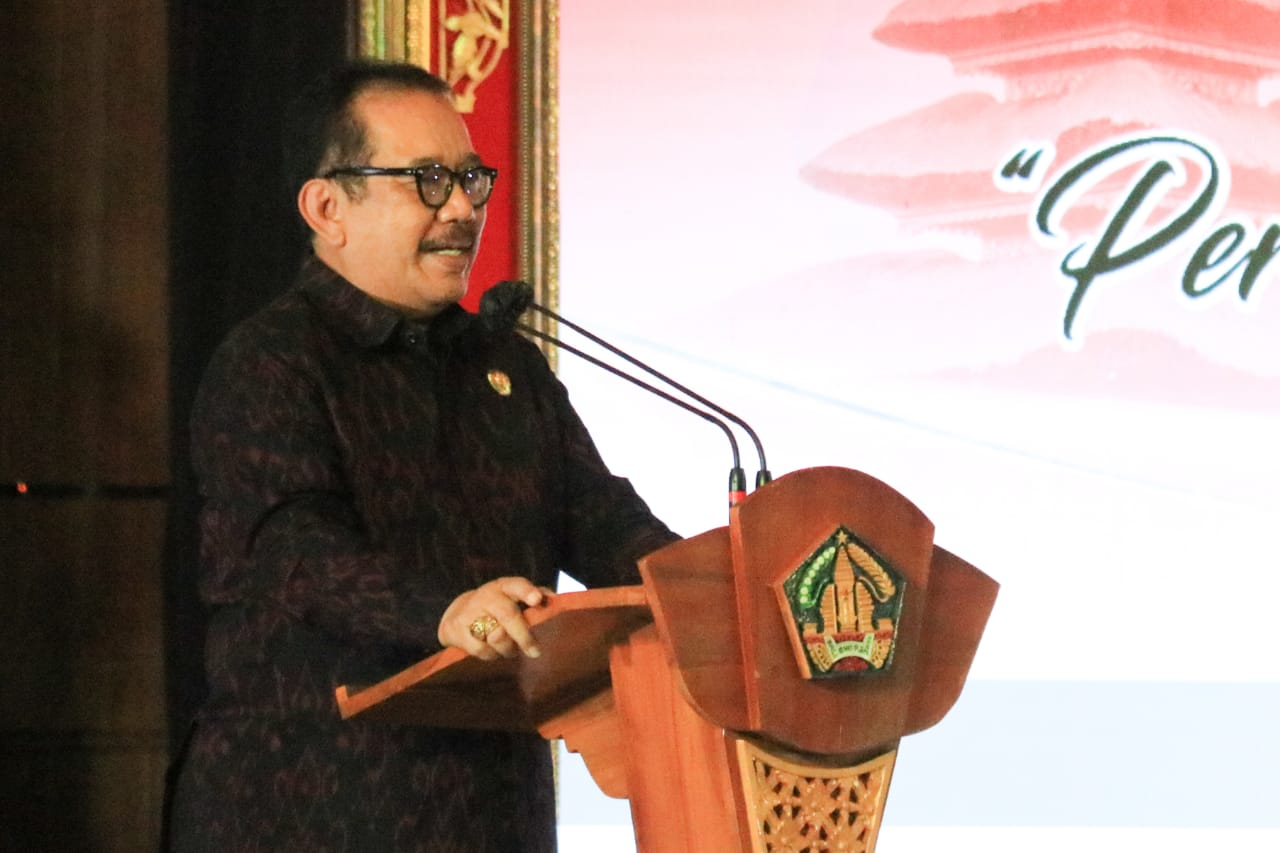Wakil Gubernur Bali Prof. Tjokorda Oka Artha Ardhana Sukawati (Cok Ace)