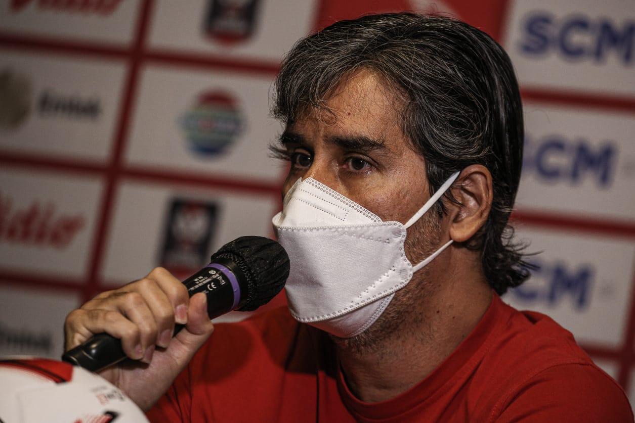 Pelatih Bali United, Stefano 'Teco' Cugurra