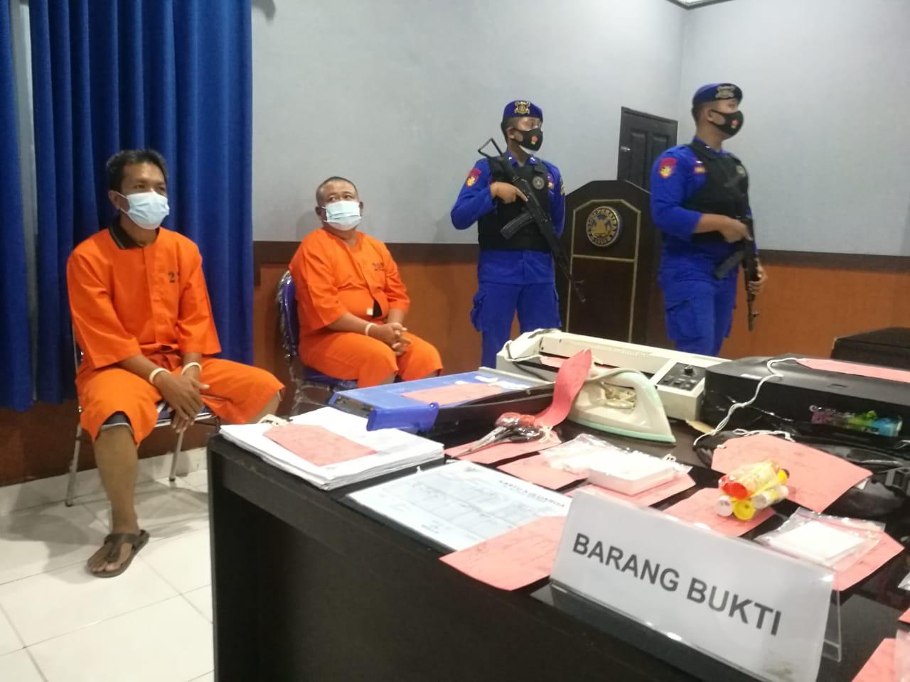 Dua tersangka pemalsu KTP ditangkap Polairud Polda Bali