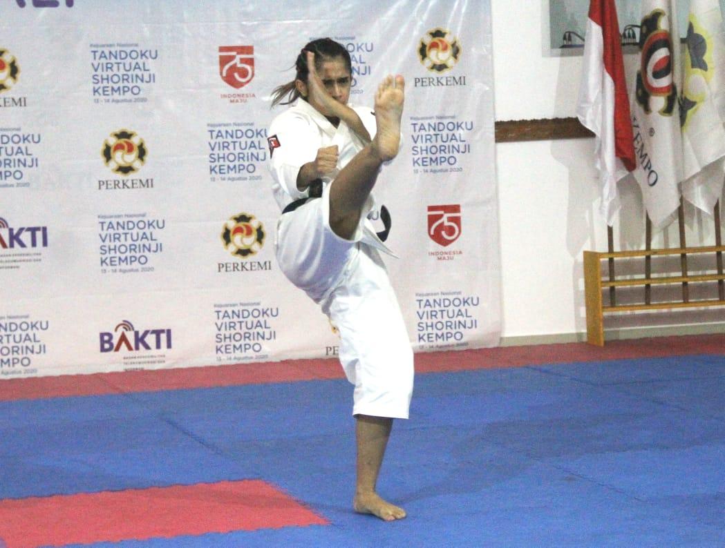 Nadya Billy salah salah seorang kenshi putri PON Bali saat ikut kejuaraan virtual tahun lalu.