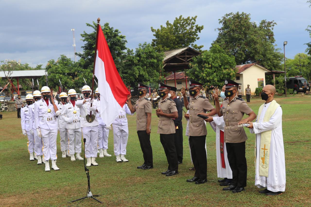 Kapolda Bali, Irjen Pol Putu Jayan Danu Putra melantik 277 siswa Bintara Polri T.A. 2020/2021