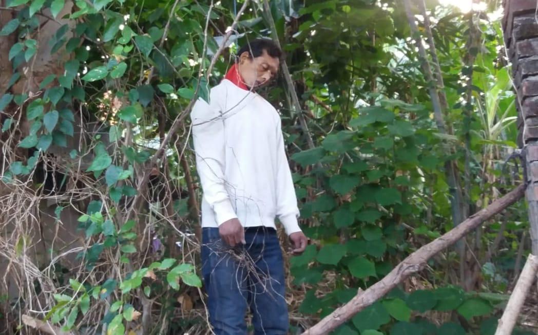Pria bernama Kadek Budiyasa, 40 ditemukan tewas gantung diri di sebuah pohon kayu santan di jalan Jaya Giri Utara, Denpasar Timur.